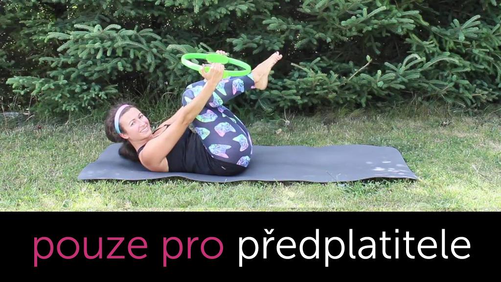 Pilates kruh - břišní svaly